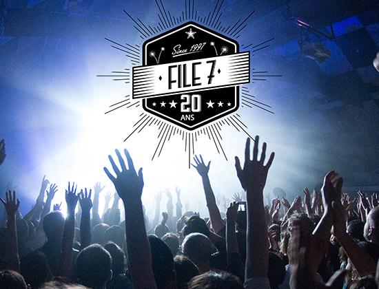 """L'expo photo """"File7, 20 ans de concerts"""" à découvrir sur le Val d'Europe !"""